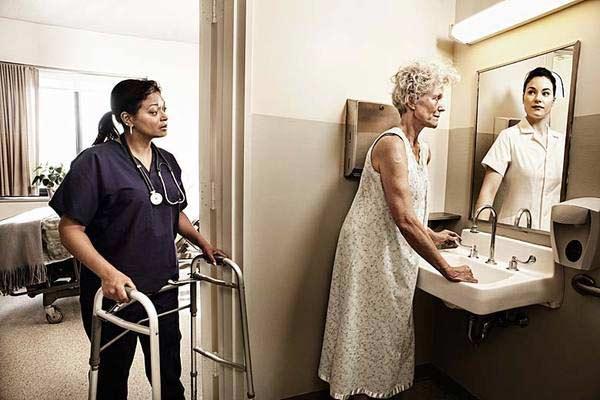 美国摄影师Tom Hussey的作品《A Mirrored Memory》(镜中回忆)-4